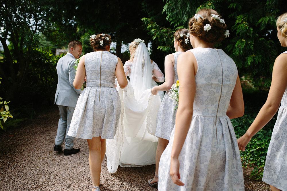 worcester-wedding-photographer-birtsmorton-court (37).jpg