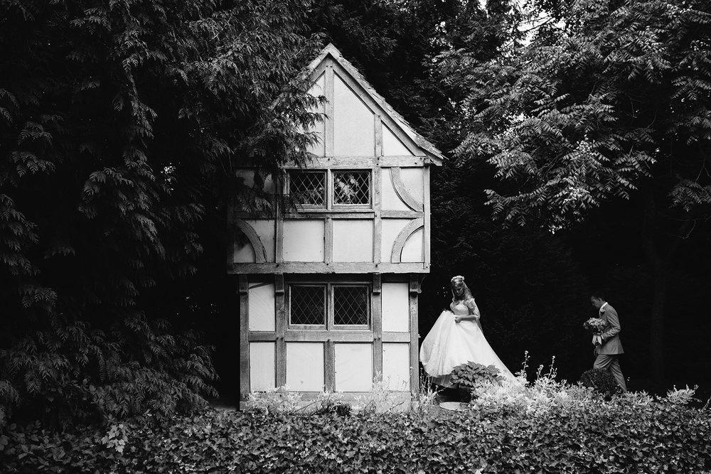 worcester-wedding-photographer-birtsmorton-court (54).jpg