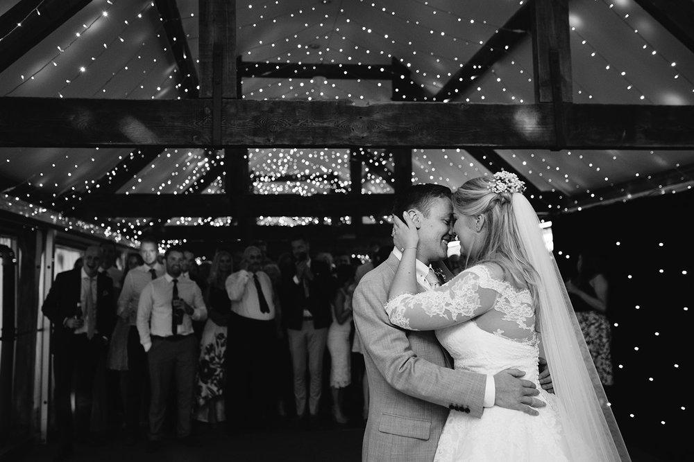 worcester-wedding-photographer-birtsmorton-court (69).jpg