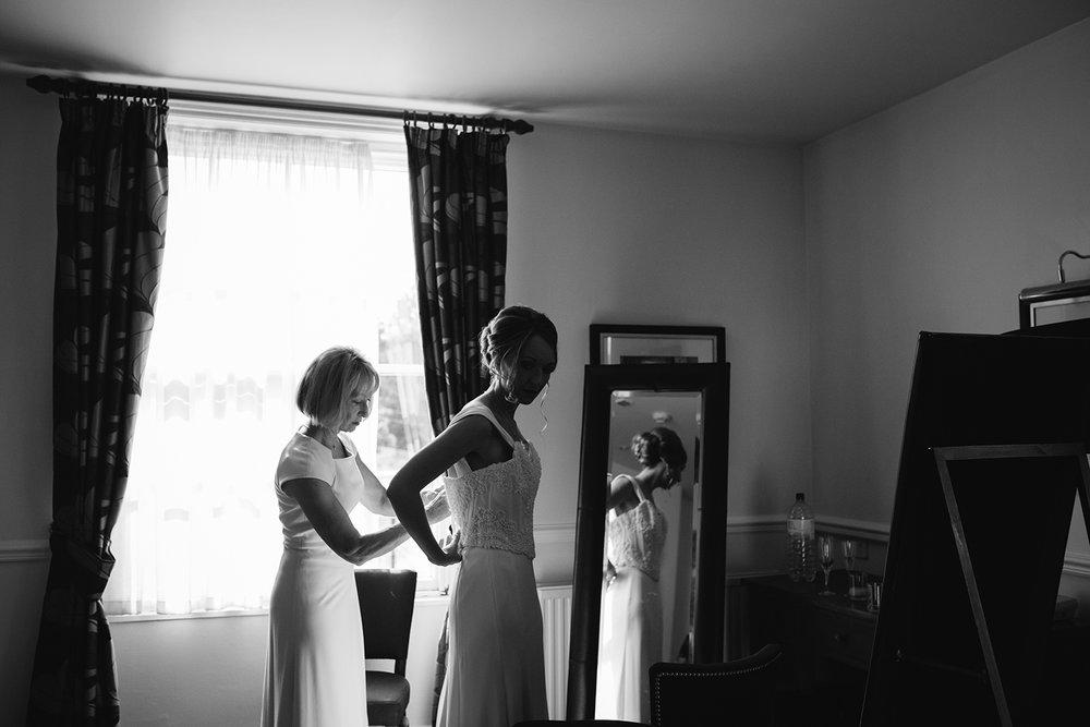 creative-wedding-photographer-worcester-014.jpg