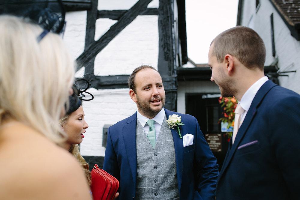 creative-wedding-photographer-worcester-016.jpg