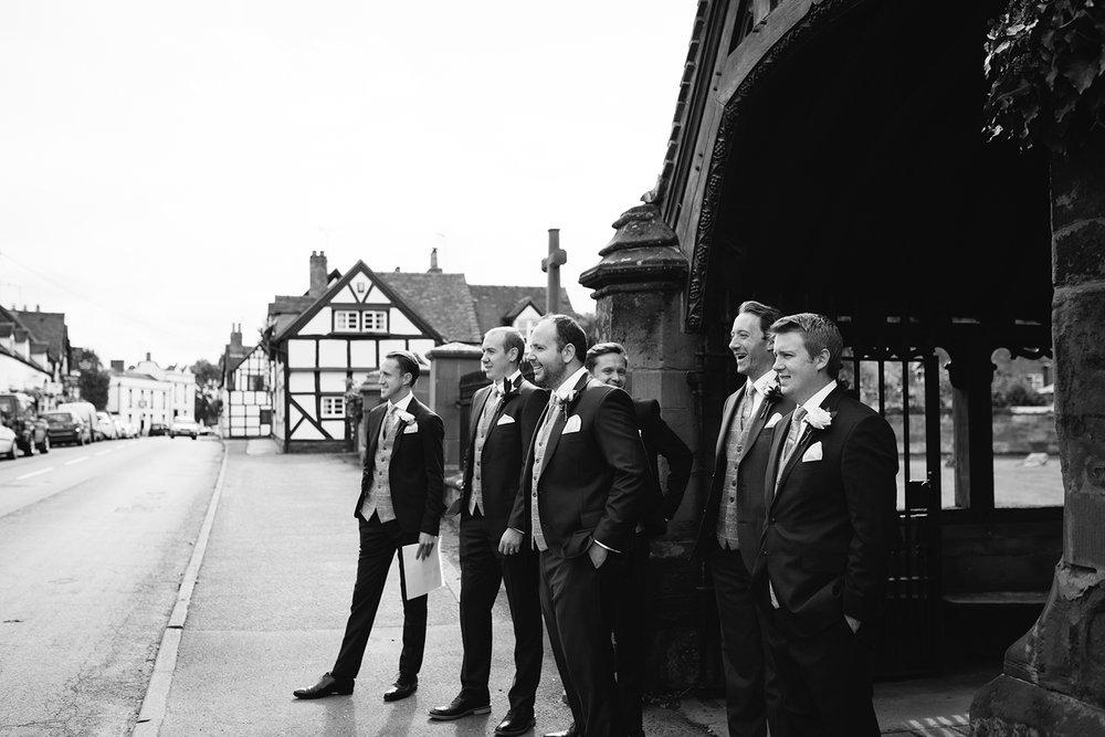 creative-wedding-photographer-worcester-021.jpg