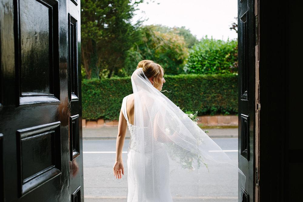 creative-wedding-photographer-worcester-026.jpg