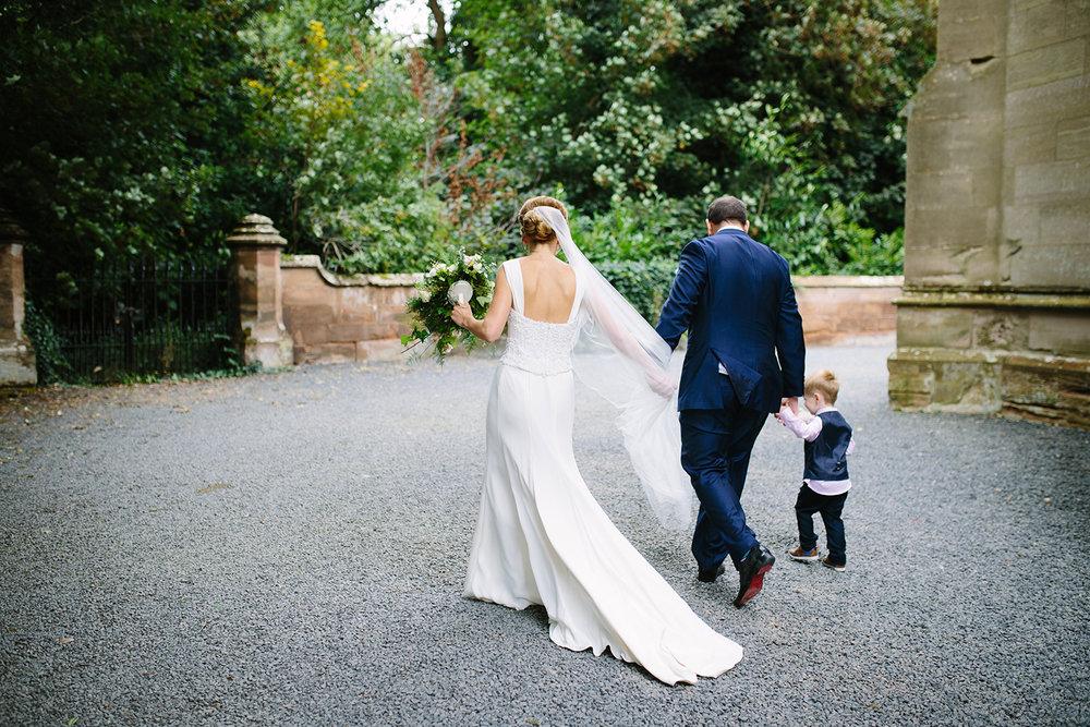creative-wedding-photographer-worcester-043.jpg