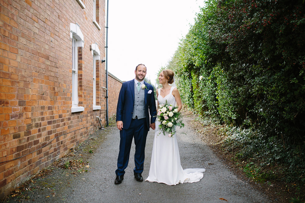 creative-wedding-photographer-worcester-058.jpg