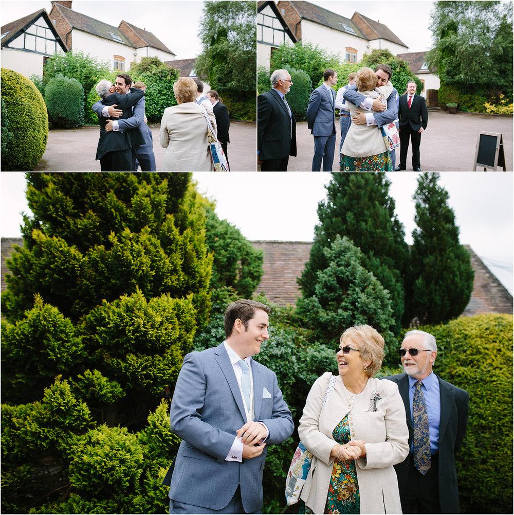 bordesley-park-farm-wedding-photography-029.jpg
