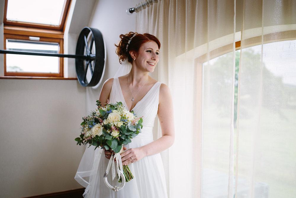 bordesley-park-farm-wedding-photography-035.jpg