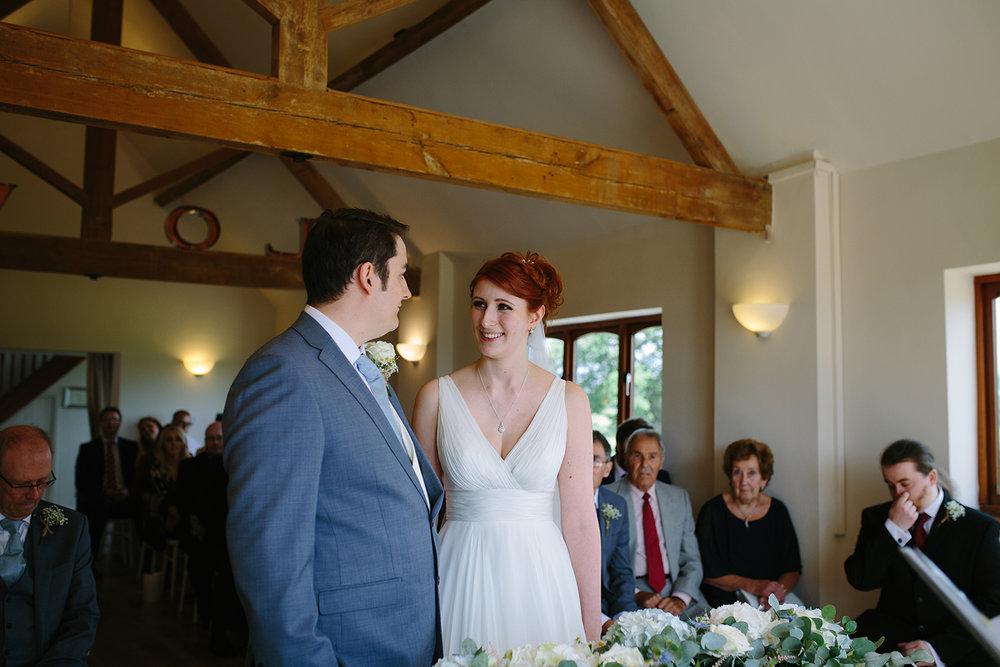 bordesley-park-farm-wedding-photography-041.jpg