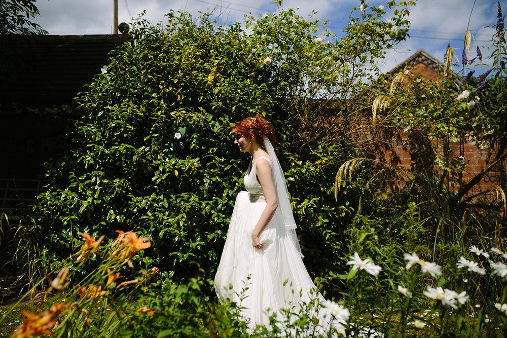 bordesley-park-farm-wedding-photography-072.jpg