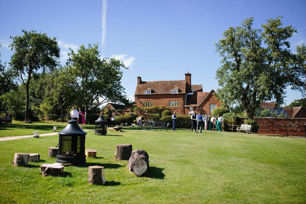bordesley-park-farm-wedding-photography-089.jpg