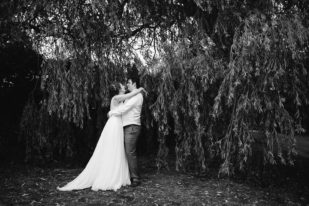 bordesley-park-farm-wedding-photography-105.jpg
