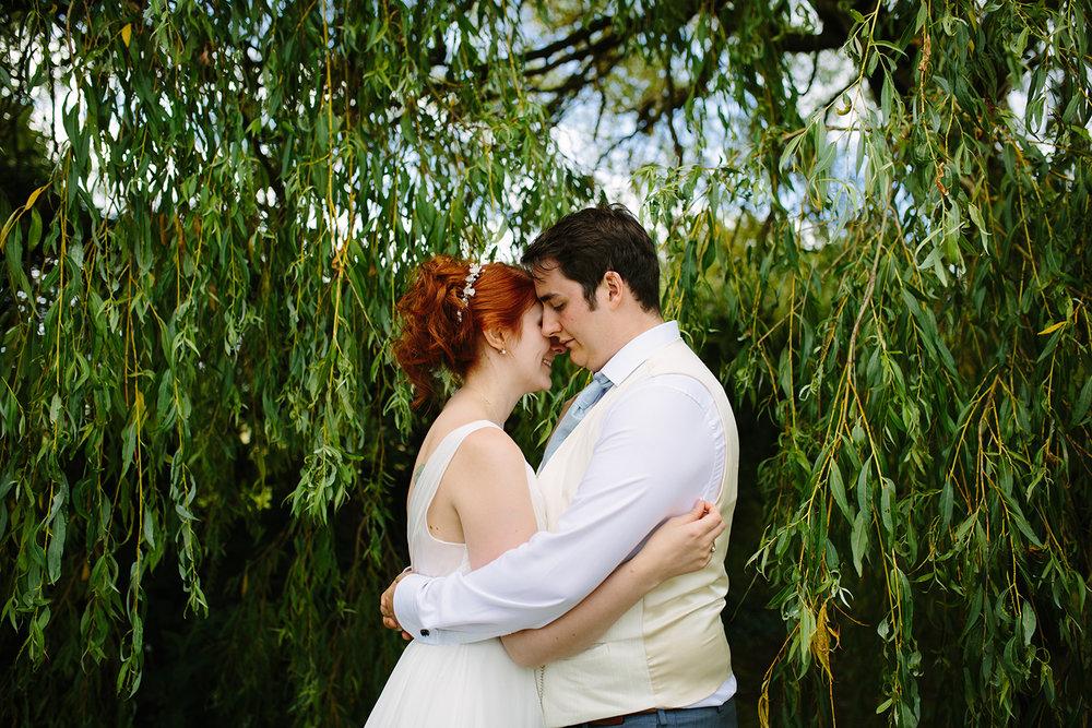 bordesley-park-farm-wedding-photography-109.jpg