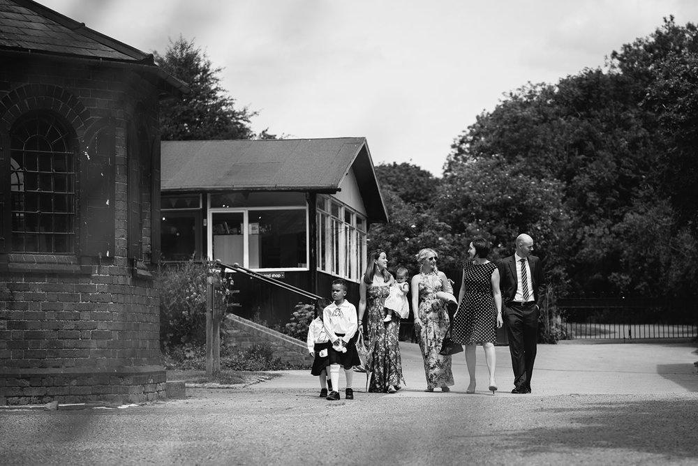avoncroft-museum-bromsgrove-wedding-022.jpg