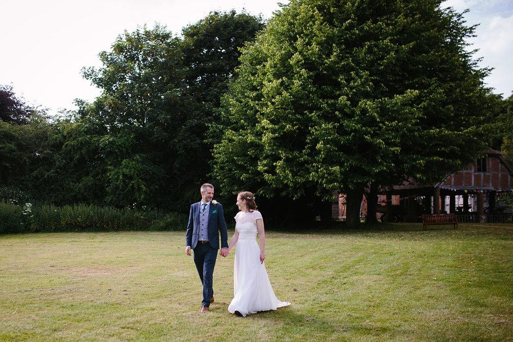 avoncroft-museum-bromsgrove-wedding-116.jpg