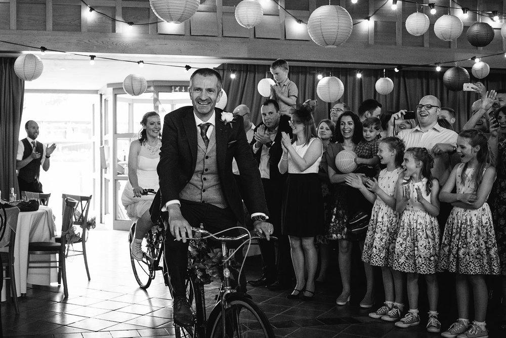 avoncroft-museum-bromsgrove-wedding-132.jpg