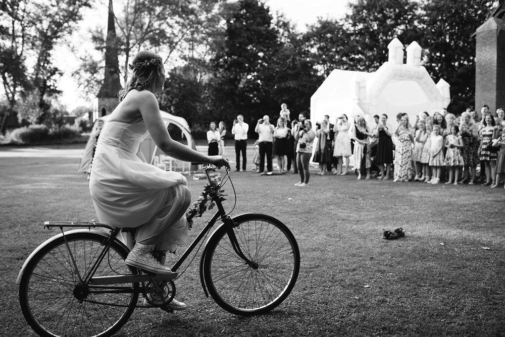 avoncroft-museum-bromsgrove-wedding-135.jpg