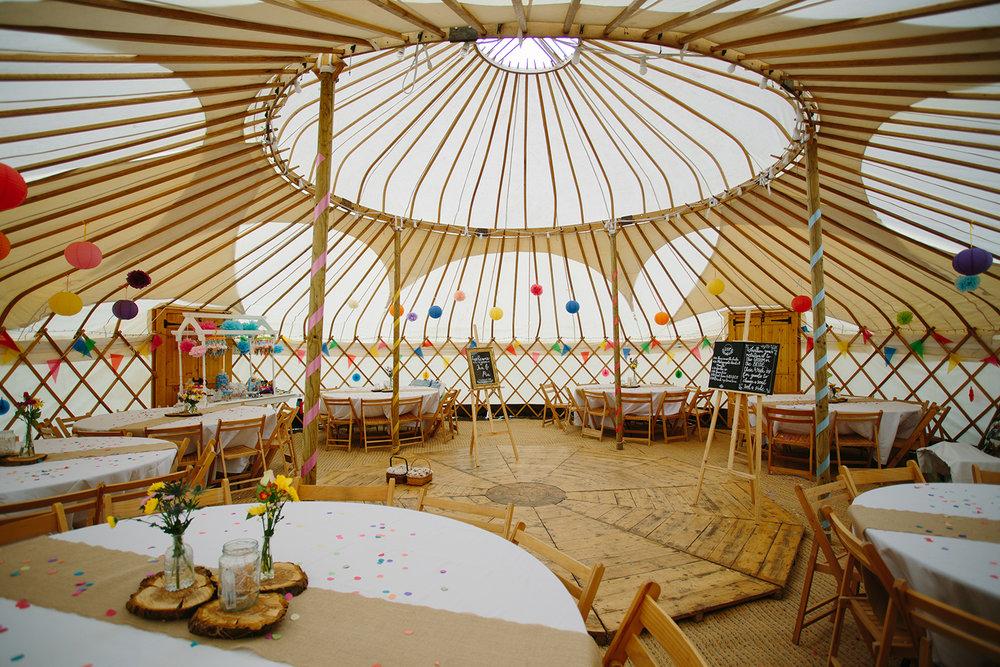 worcester-wedding-photographer-outdoor-ceremony-019.jpg