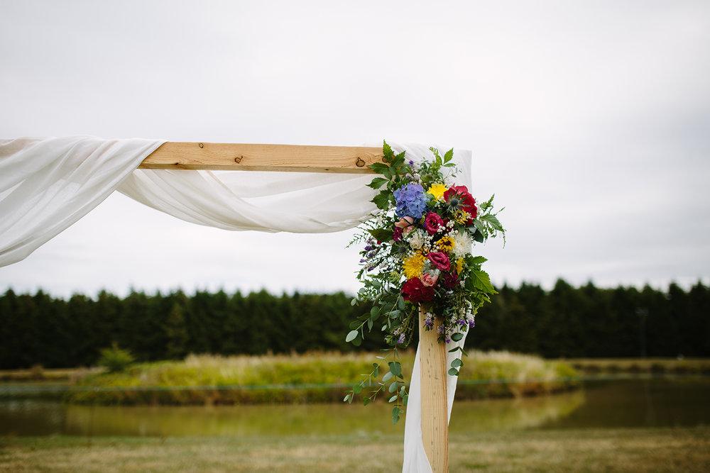 worcester-wedding-photographer-outdoor-ceremony-025.jpg