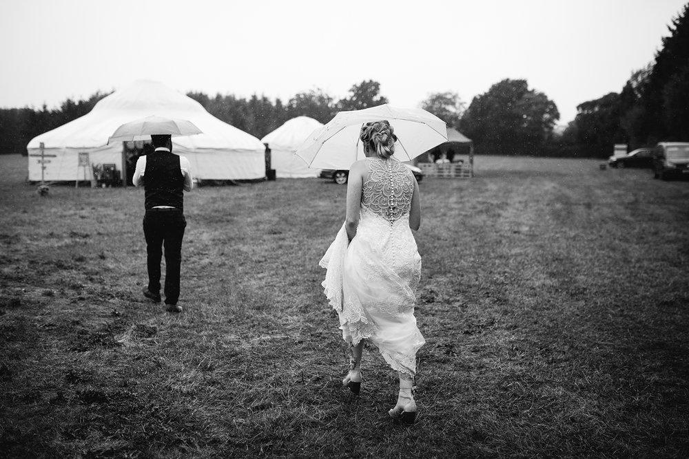worcester-wedding-photographer-outdoor-ceremony-097.jpg