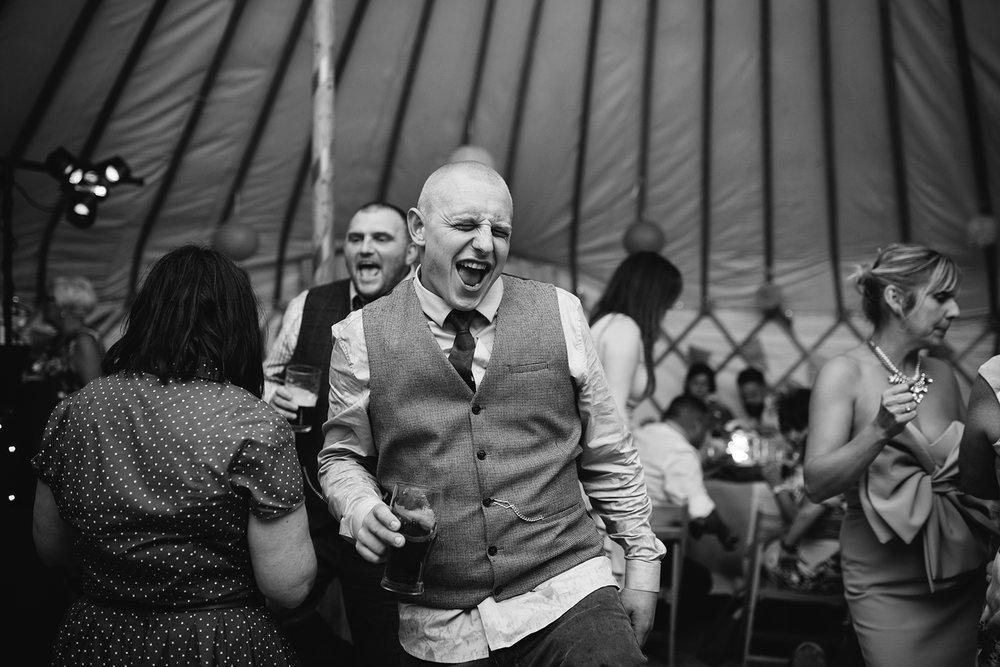 worcester-wedding-photographer-outdoor-ceremony-116.jpg