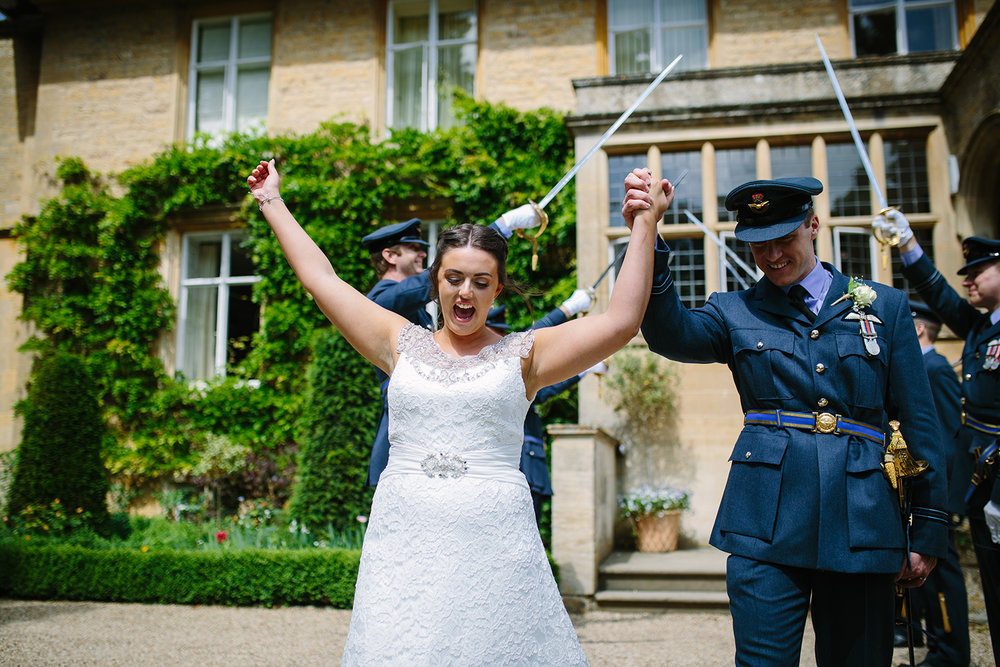 slaughters-manor-house-gloucester-wedding-photography-29.jpg
