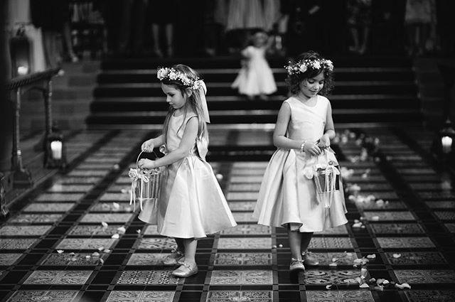 Flowers, girls and crowns... . . . . . #wedding #weddingphotography #bridetobe #justmarried #weddingphotographer #creativephotography #documentaryweddingphotography #documentaryphotography #photography  #samjaynephoto #samjayne #bridalfashion #rockmywedding #weddinginspiration #weddingideas #buzzfeedwedding #vsco #weddinghour #quirkywedding #lookslikefilm #flowergirls #flowercrowns