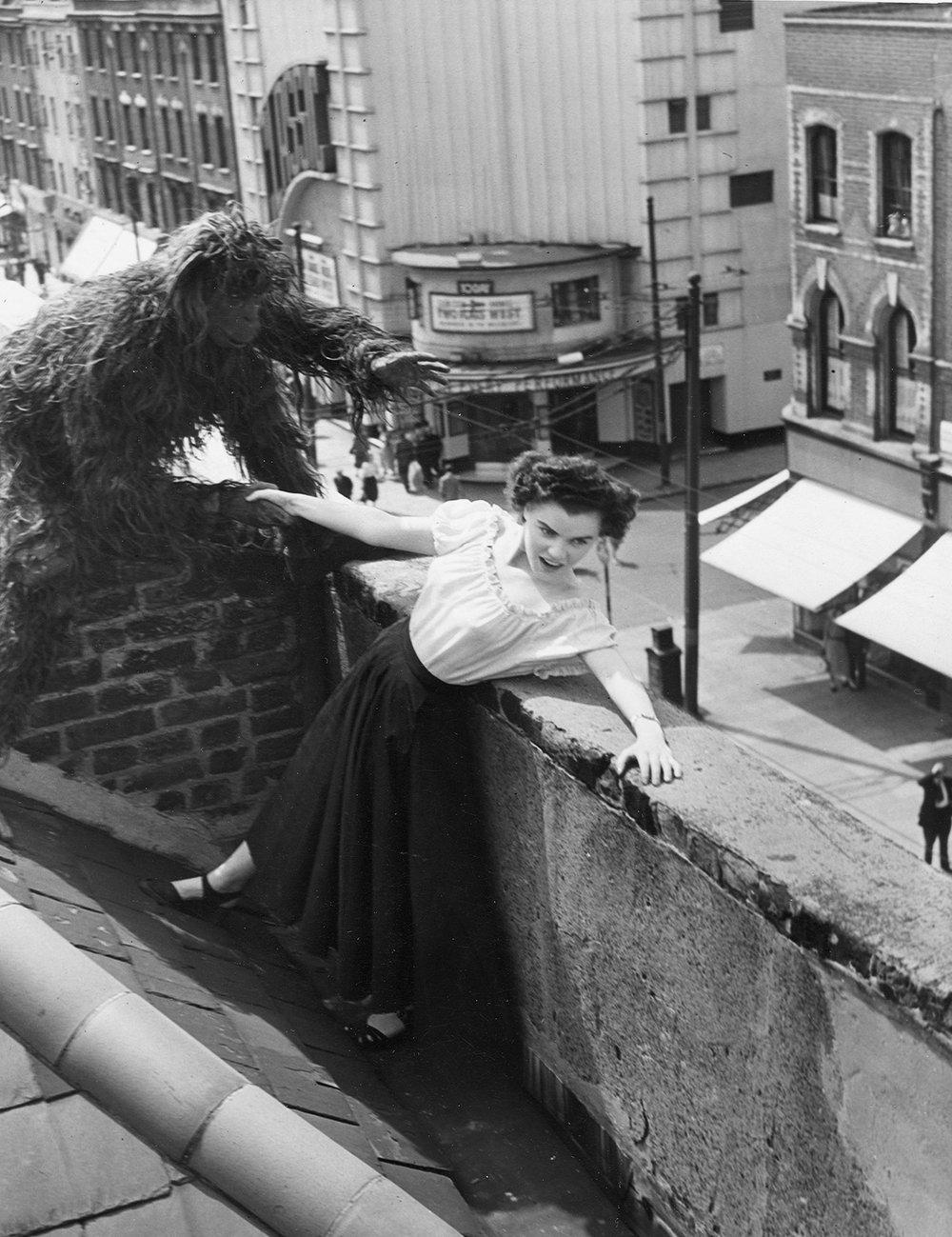 rio classic publicity stunt 1950.jpg