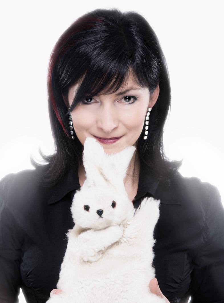 MichelleZaubert - unglaublicheinzigartigprofessionellhochintelligenthumorvollunvergleichlichschnellliebenswertauthentischspontankuscheligzahmwaschbar...und das war erst das Kaninchen!