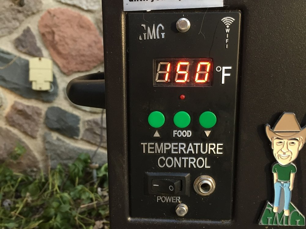 This digital temperature control panel is one reason the Green Mountain grills are great value. You can set the temperature to the nearest 5 degrees, a feature that typically comes only on more expensive grills.