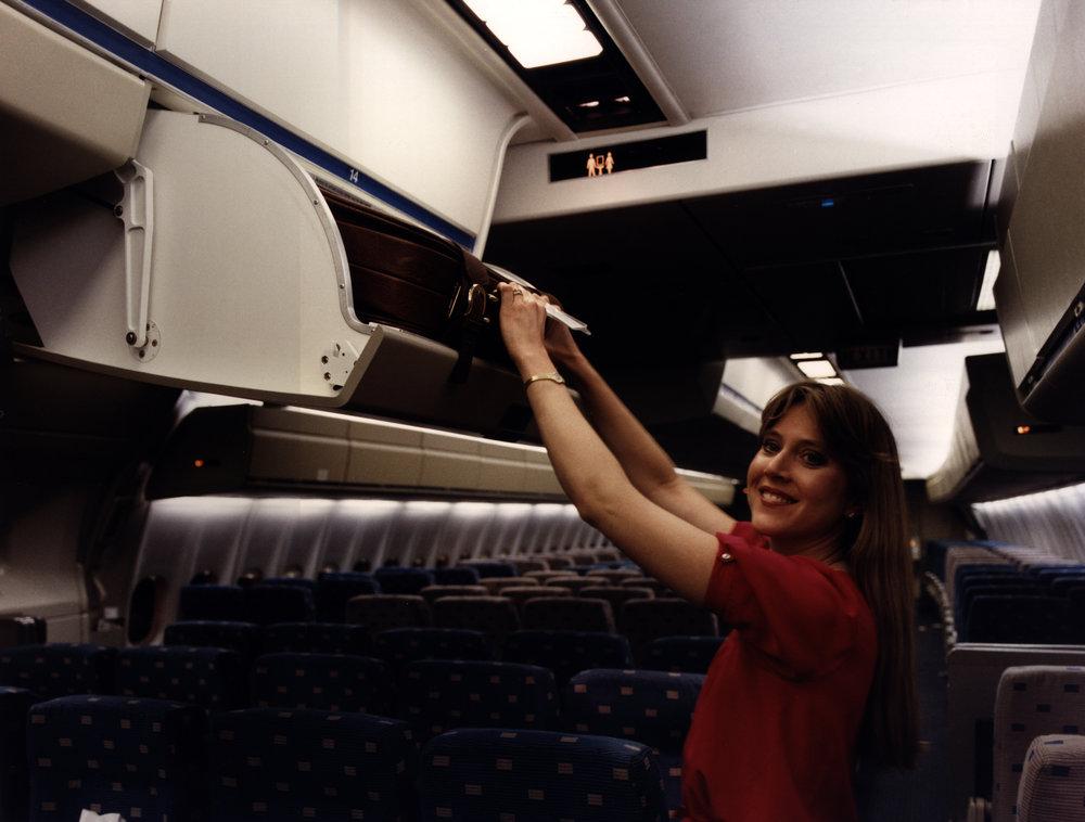DC10-'85-Interior Kit-AA.JPG