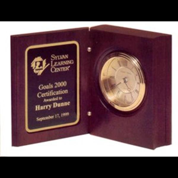 minneapolis-broadway-awards-clock-recognition.jpg