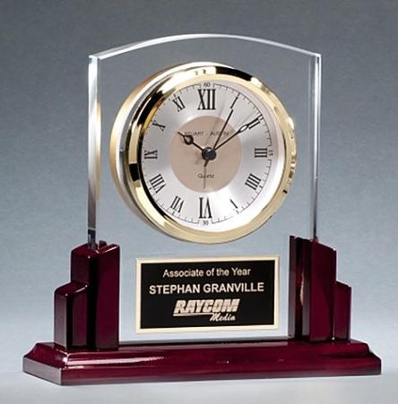 Minneapolis-corporate-gifts-glass-clock.jpg