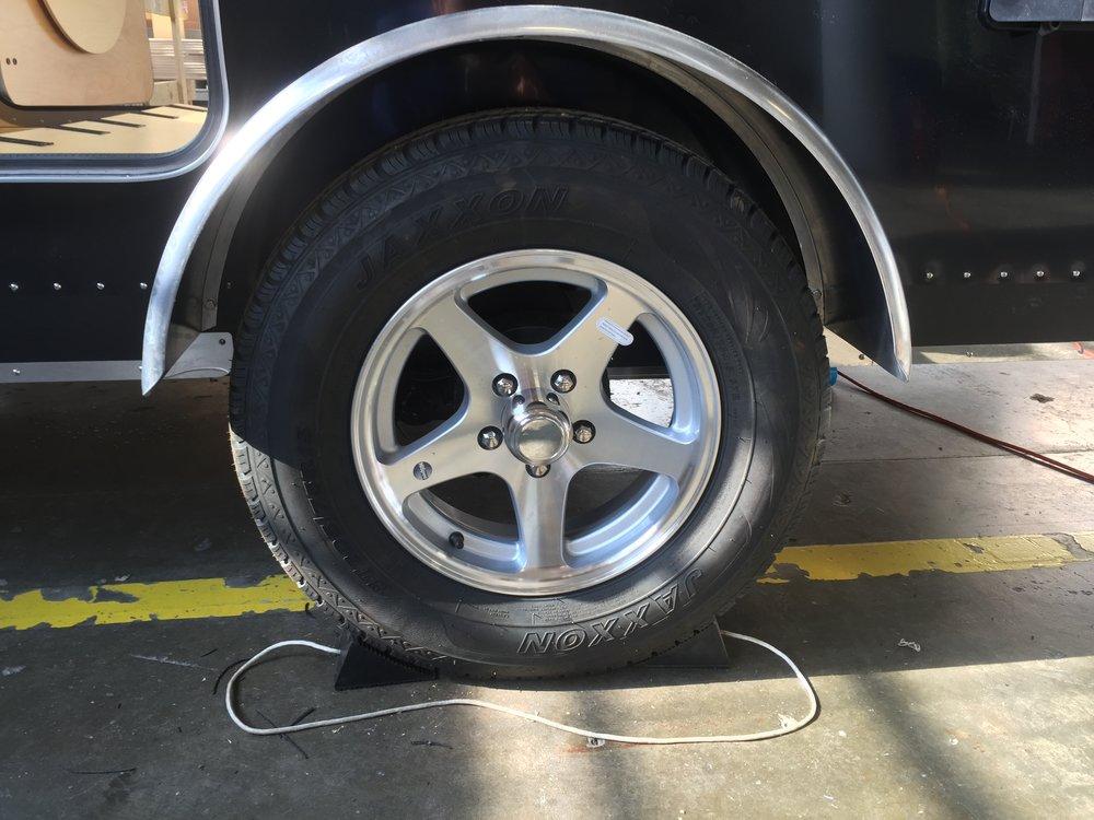 Teardrop camper_off road axle upgrade.jpg