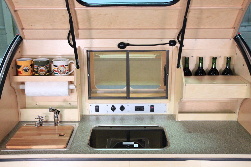 Vistabule Galley- Top Cabs.JPG