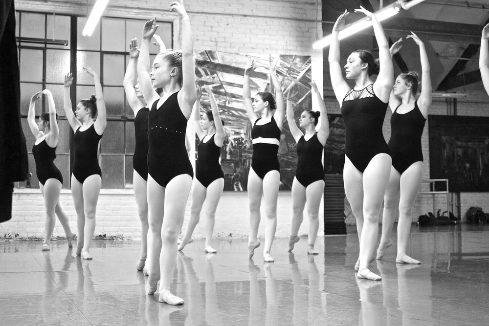 BALLET: TECHNIQUE, VARIATIONS & POINTE