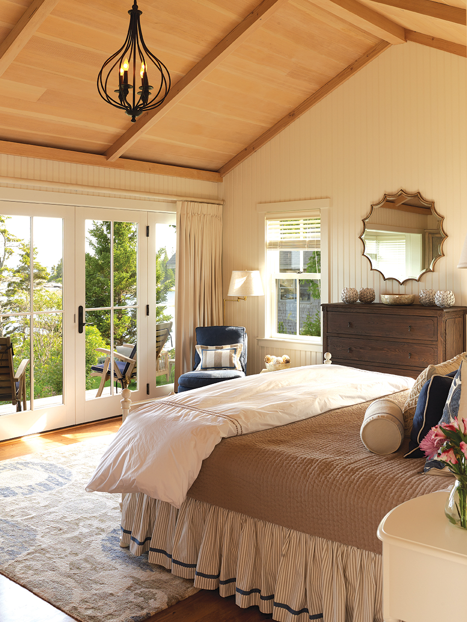 cottage_bedroom sm.jpg
