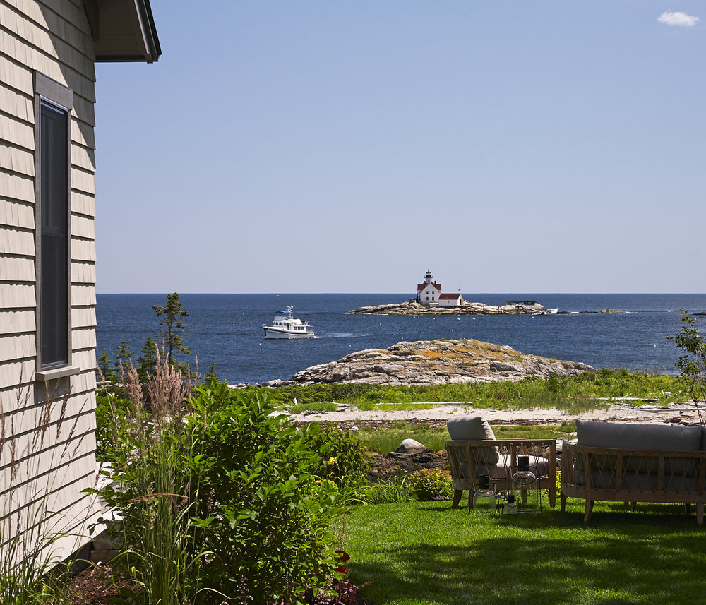 TownLanding_lighthouse_cropped.jpg