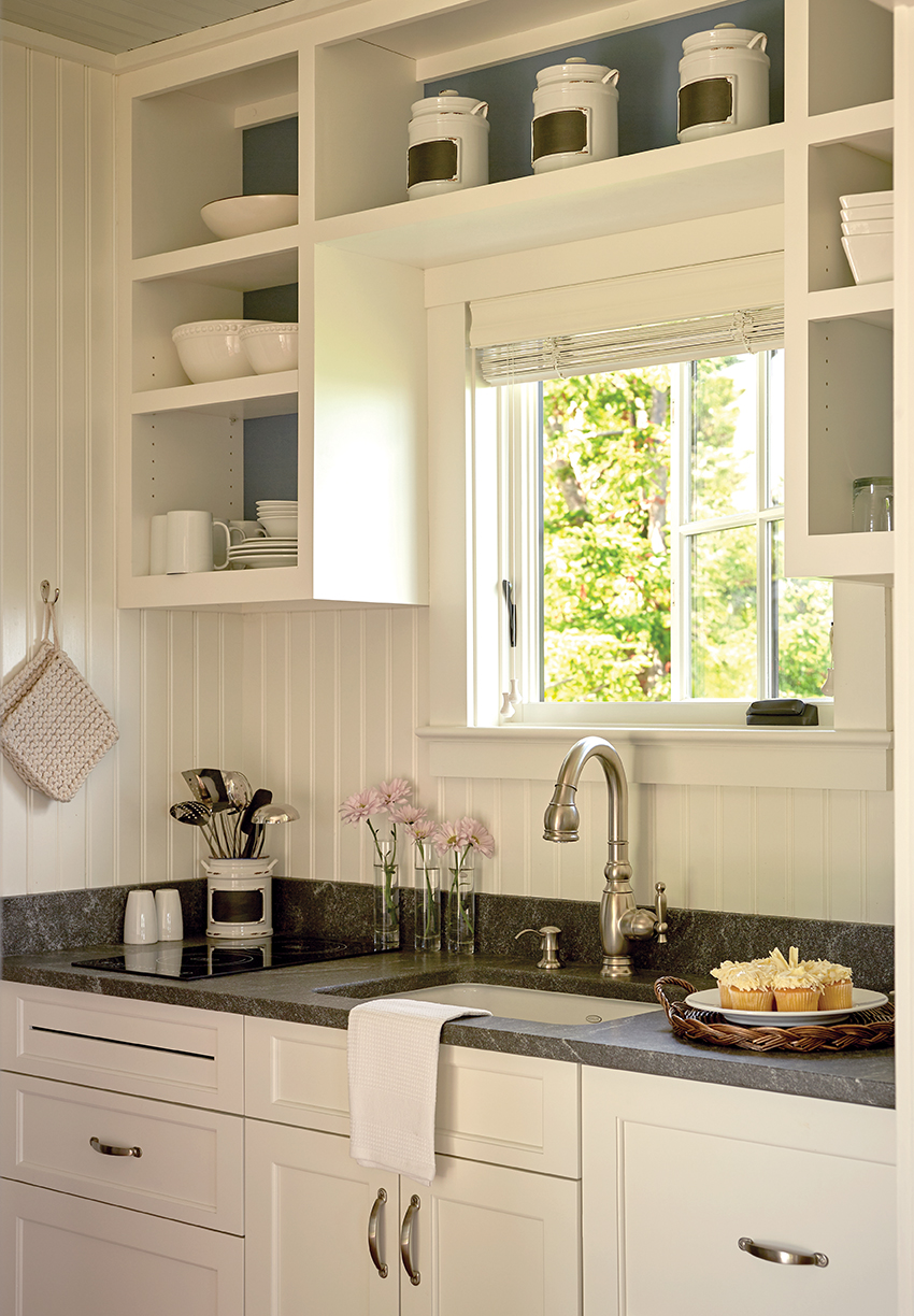 cottage_kitchen sm.jpg