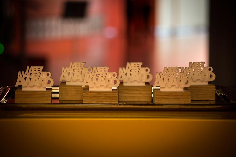 De uitgereikte awards tijdens Meet Magento.