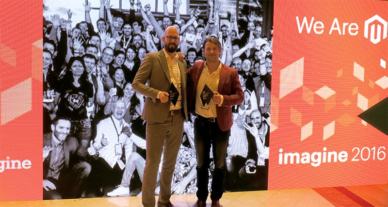 Namens Gallagher ontvingen Caspar Hardholt en Tjitte Folkertsma de Magento Imagine Award