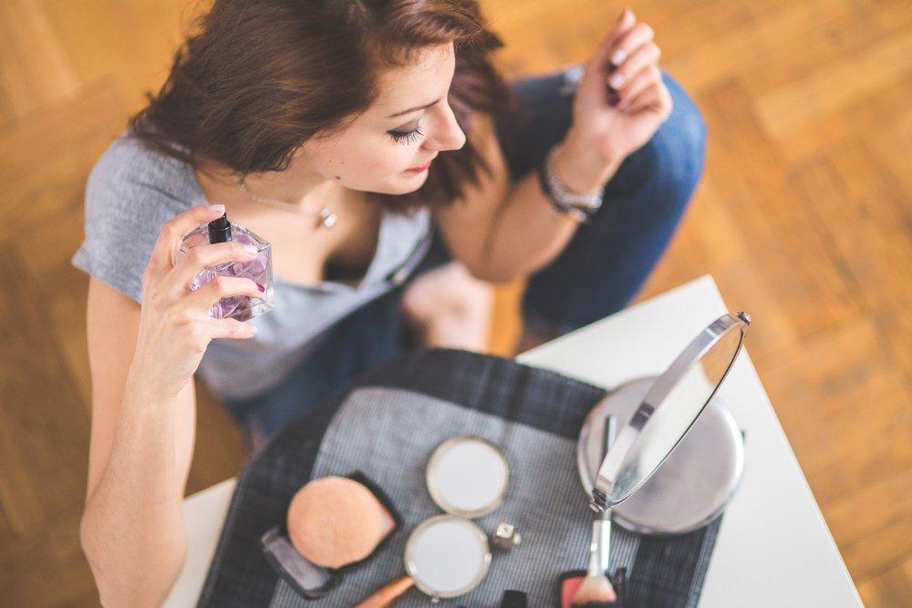 Parfumerie - Lees de case