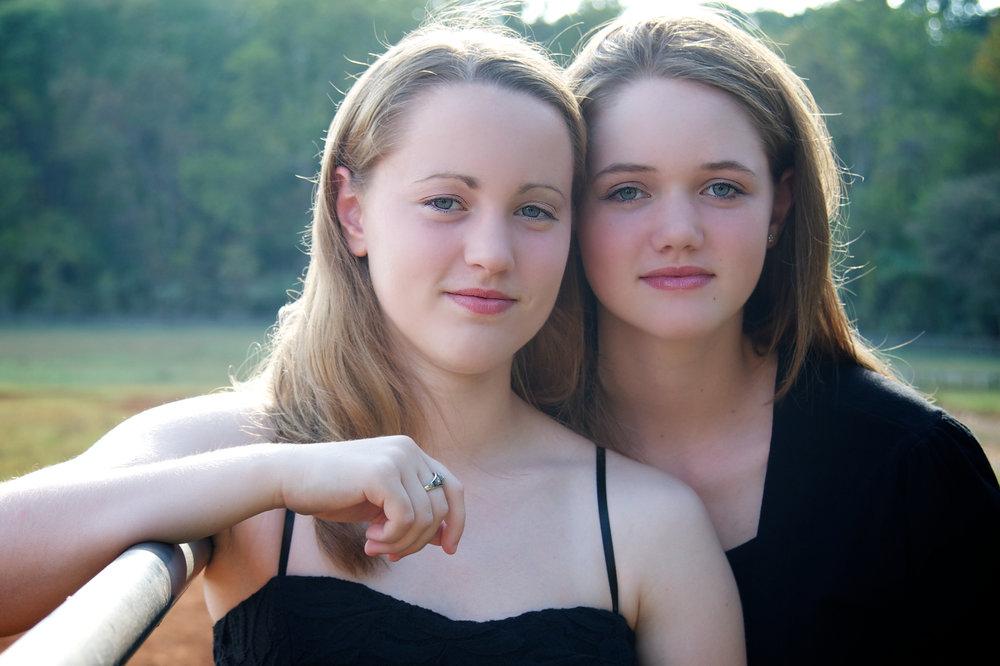 3711_BestFriends.jpg