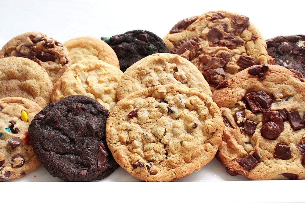 insomnia_cookies_open_0001_dozen_plate_1500.jpg