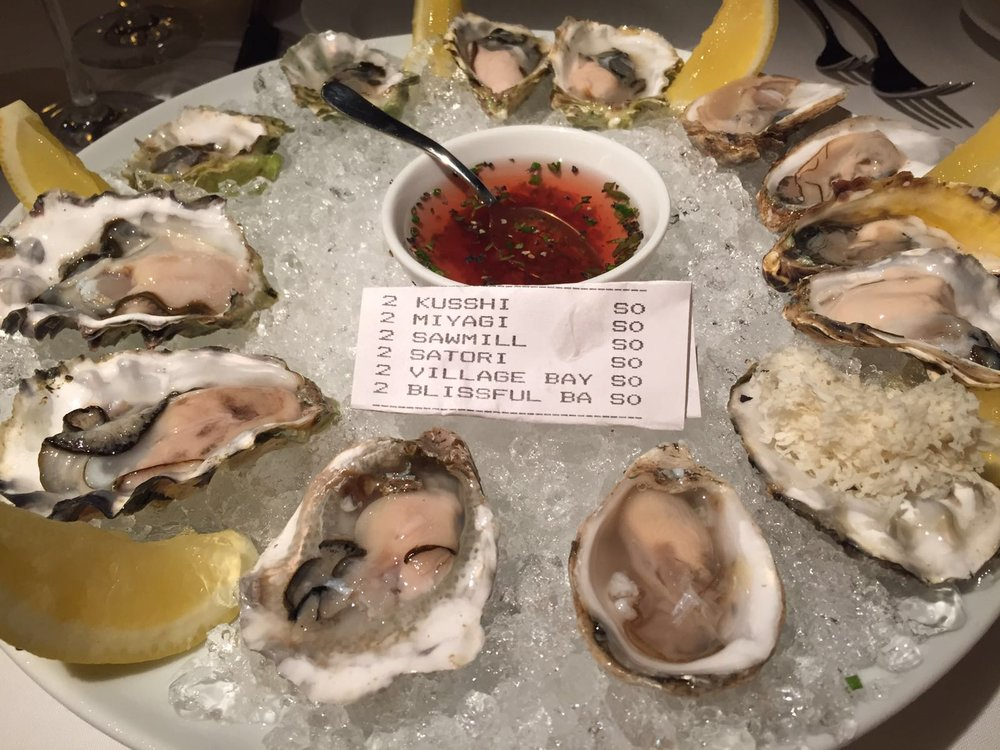Seafood on Ice: Oysters!