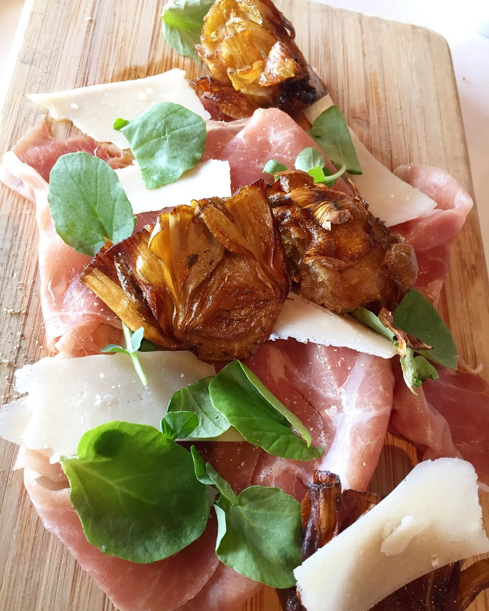 The famous  Parma Ham  with arugula, parmesan, fried baby artichokes and truffle oil. I am now in looooove with fried baby artichokes.
