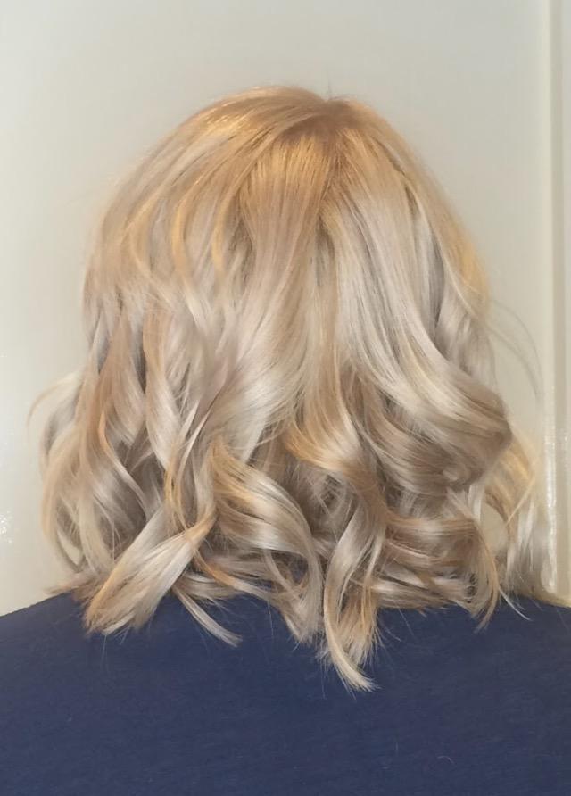 Zoe blonde.JPG