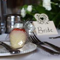bride favour.jpg