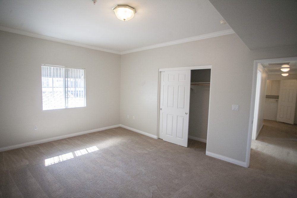 Large Bedroom at Crescent Heights