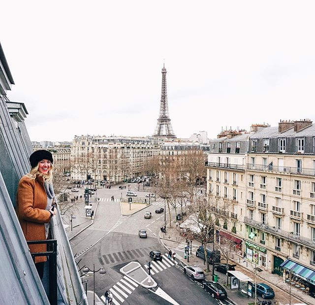 I don't have a good caption for this... I just miss Paris. And I also miss being able to fit into that coat. #nyquildiaries #damnyouchristmascarbs