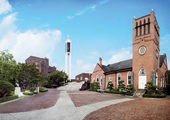 정동제일교회 - 서울 정동에 위치한 한국의 첫 개신교회